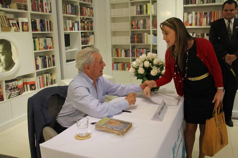 Ojo al Piojo - Luciana León Mario Vargas Llosa