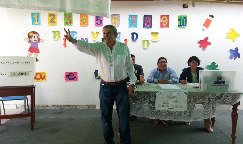 Dos sueldos dos Foto: La Prensa.pe