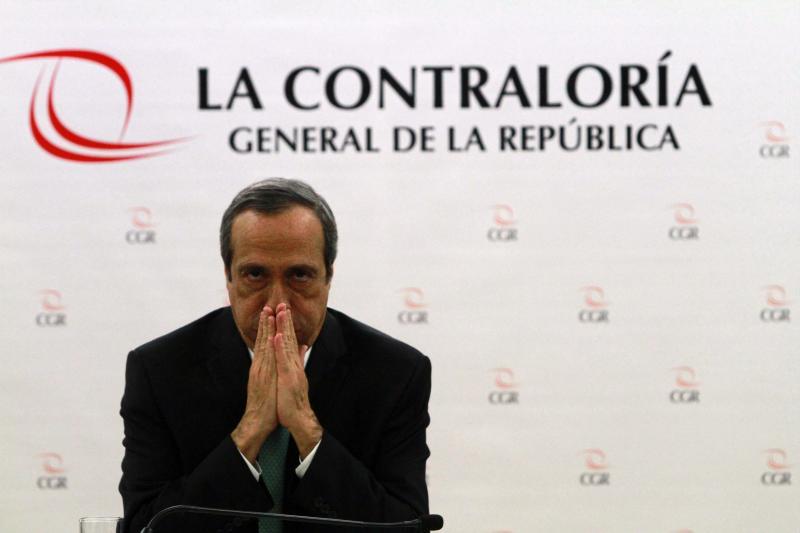 """Mientras Khoury proclama que la """"corrupción"""" lo venció, es uno de los que más utiliza a organismos internacionales para contratar sin que nadie lo fiscalice. Foto: Diario Correo."""